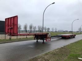 semi lowloader semi trailer Broshuis 3 asser dieplader  6m extendable 2004