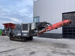 Recyclingmaschine Sandvik QJ241 Rubble crusher 2012