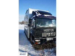 other trucks MAN LE220C Hestetransport 2002
