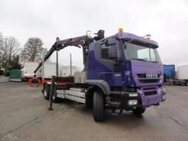 Holztransporter Iveco Trakker 380 AT380T45 6x4 EEV Kran Epsilon+Greifer 2010
