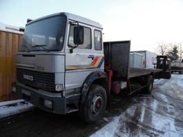 platform truck Iveco 190.24 platte bak met kraan 1983