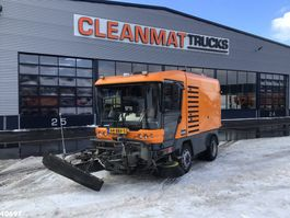 Road sweeper truck Ravo 580 EURO 5 80 km/h with 3-rd brush 2013