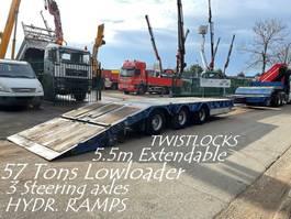 lowloader semi trailer Kaiser 57T - 3 axles LOWLOADER / Porte Char - 5m50 EXT. - HYDR RAMPS - AIR SUSPENSION - STEERING AXLES 2005