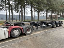 container chassis semi trailer Kögel S24-2 - CONTAINER CHASSIS - ALLE AANSLUITINGEN 2x 20' - 30' - 40' - 40' HC - UITSCHUIVER / EXTENSIBLE - LIFT-AS / LIFT AXLE 2014