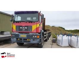 container truck MAN 33.403 6x6 widespread met kippercontainer euro 2 2000