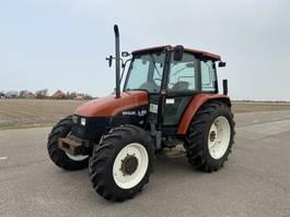 farm tractor New Holland L85 1997