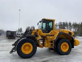 backhoe loader Volvo L180G 2013
