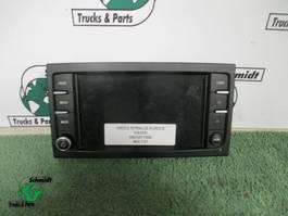 Electronics truck part Iveco Stralis 5801677506 RADIO/NAVIGATIE EURO 6