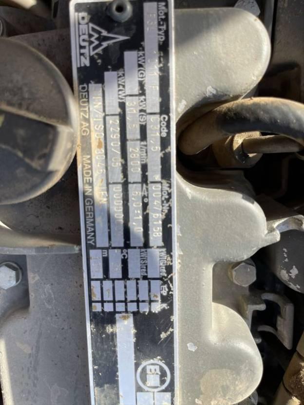 Straßenverdichter Bomag BW 135 AD - TANDEMWALS  / ROLLER / WALZ - VIBRATION / VIBRATING - DEUTZ 3 CILINDER -  BE MACHINE 2000