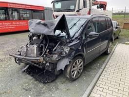 estate car Volkswagen Touran /Unfallschaden 2012