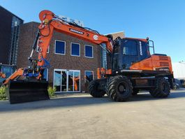 wheeled excavator Doosan DX140W-5 2020