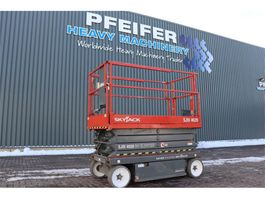 scissor lift wheeld Skyjack SJ4626 Electric, 9.75m Working Height, 454kg Capac 2013