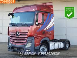 mega-volume tractorhead Mercedes-Benz Actros 1845 LS 4X2 Mega 2x Tanks Xenon EEV StreamSpace 2011