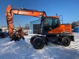 wheeled excavator Doosan DX 140W-5 2018