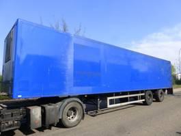 closed box semi trailer Fruehauf TXA32 2000