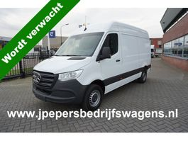 closed lcv Mercedes-Benz Sprinter 316 CDI L2 H2 MBUX / Camera / Airco / Trekhaak / Carplay navigatie / 270... 2020