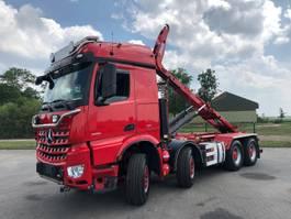 container truck Mercedes-Benz AROCS 3751 8X4  RETARDER HUBREDUCTION EURO 6 HOOK 24 TON 2014