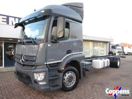 chassis cab truck Mercedes-Benz Actros 1930L 4x2 Chassis cabine Euro 6 2016