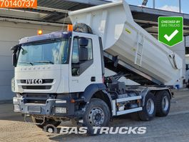 tipper truck > 7.5 t Iveco Trakker 260 AD260T33 6X4 Manual Big-Axle Steelsuspension Euro 5 2009