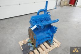 engine part equipment Ford 3 Cyl long block