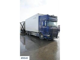 closed box truck Scania R730 w/ full side opening 2015