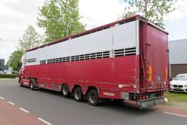 Viehauflieger Pezzaioli SBA32 2-2 moving floor , moving dak Cows/ Belgian trailer 2005