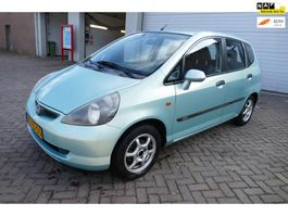 mpv car Honda Jazz 1.4 LS airco trekhaak 2003