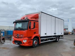 closed box truck Mercedes-Benz Antos 2019