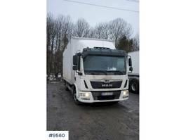 closed box truck MAN TGL 12.220 with lift 2018