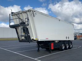 tipper semi trailer Kempf alu kipper,54m3, vloeistof dicht, ADR, only 304.000KM 2015