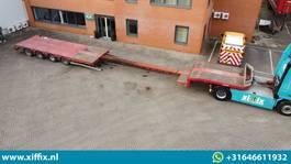 semi lowloader semi trailer Nooteboom 4-ass. Uitschuifbare semi dieplader // 2x naloop gestuurd 2007