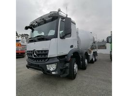 concrete mixer truck Mercedes-Benz Arocs 3236B Betonmischer Liebherr 9 m³ 2016