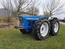 Landwirtschaftlicher Traktor Ford Ford County 1164 TOP MARGE 1972