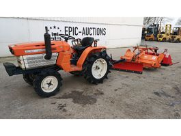 farm tractor Kubota B1500 4WD