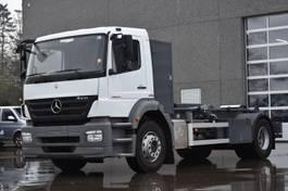 container truck Mercedes-Benz Axor 1829 met koffer en containersysteem 2011