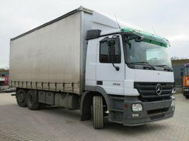 platform truck Mercedes-Benz Actros 2536 L 6x2 Pritsche Plane Stapleraufnahme 2005