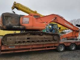crawler excavator Daewoo S220LCV 2003