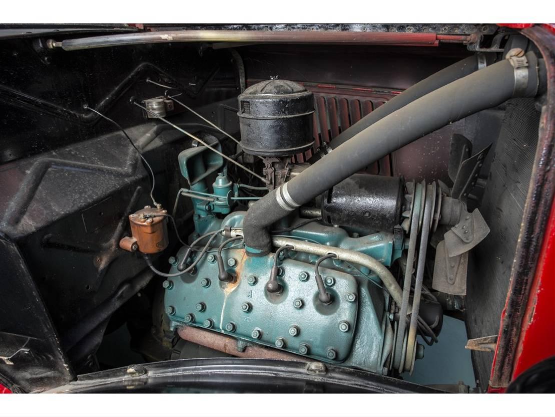 pickup passenger car Ford MODEL 950 V8 flat bed 1936