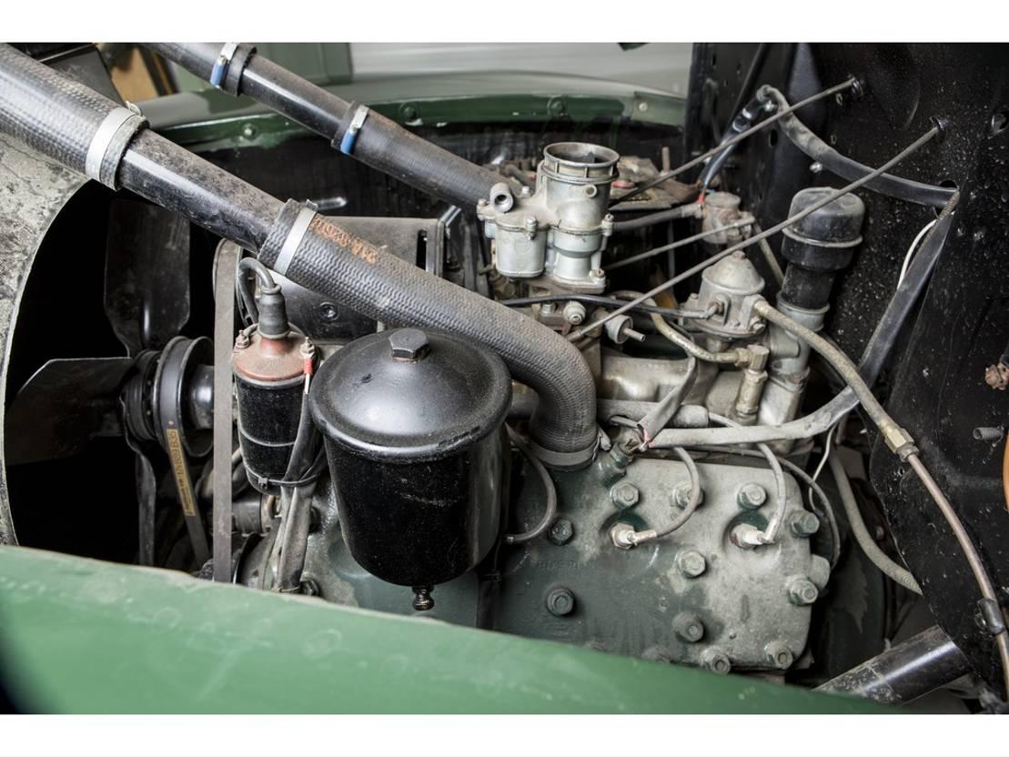pickup passenger car Ford PICK UP V8 1946