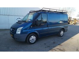 closed lcv Ford Transit 2007