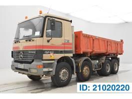 tipper truck > 7.5 t Mercedes-Benz Actros 3240 - 8x4 2002