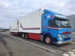 refrigerated truck Volvo FM460 6X2 2013