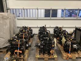 industrial engine Yanmar 4TNE88-ACH 18 kW / 25 PK 4 cilinder diesel motor 2005