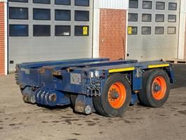 lowloader semi trailer Goldhofer THP/ET 2 2009