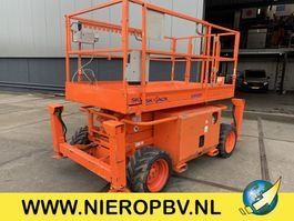 scissor lift wheeld Skyjack SJ6826RT ruw terein hoogwerker 2012
