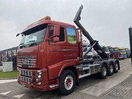 container truck Volvo FH 16 8X4 EURO 5 + HOOKLIFT MET REMOTE 2010