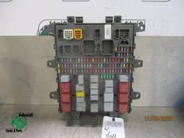 Electronics truck part Renault 7421079590 ZEKERING KAST