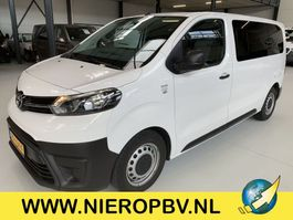 minivan - passenger coach car Toyota PROACE 9 persoons bus airco 2017