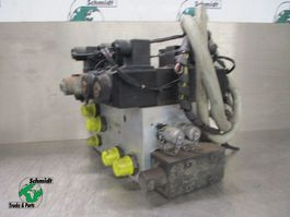 Hydraulic system truck part Iveco Trakker 410T45 400671429 POMP
