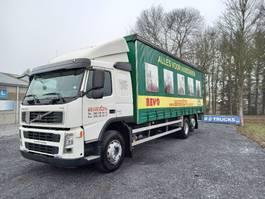 sliding curtain truck Volvo FM 300 6x2 avec hayon/taillift 2ton